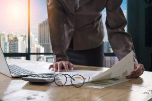 softwares de controle financeiro empresarial