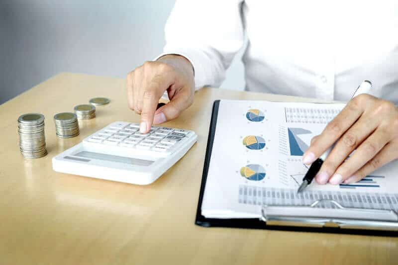 reduzir custos operacionais de uma empresa